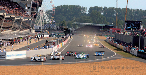 The Le Mans circuit underwent revisions before the 2006 race.